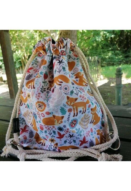 Viszem magammal kifordítható, állítható hátizsák - Rókák